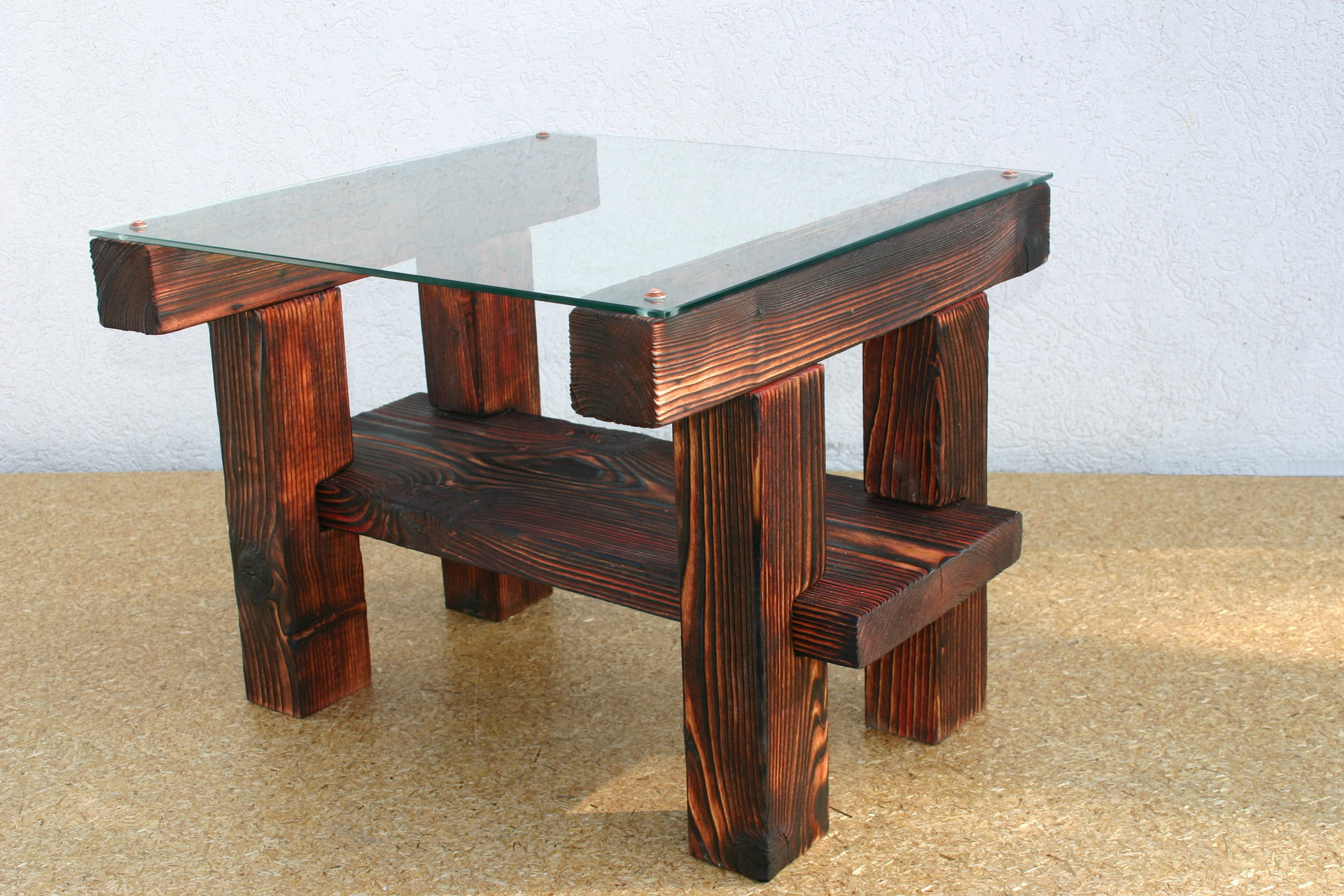 Tisch-Ninozen