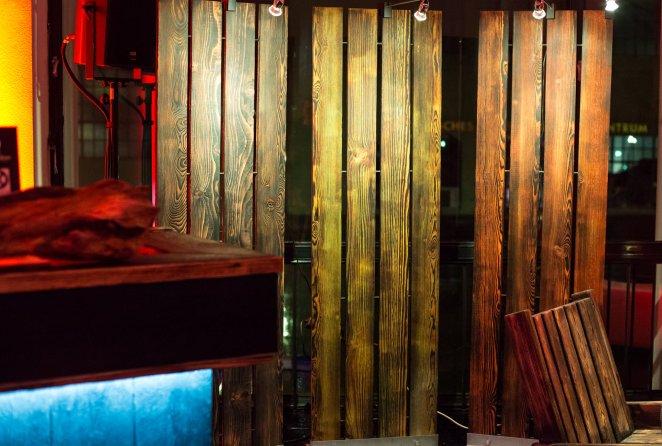yakisugi.de | Holzveredelung mit Feuer und Farbe